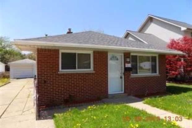 5923 N Beech Daly Rd - 5923 Beech Daly Road, Dearborn Heights, MI 48127