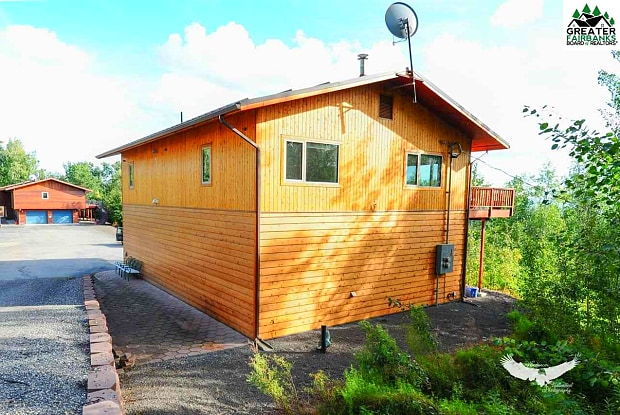 459 TAURUS ROAD - 459 Taurus Rd, Farmers Loop, AK 99712