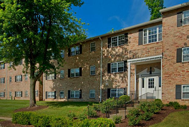 Colonial Square - 7779 New York Ln, Glen Burnie, MD 21061