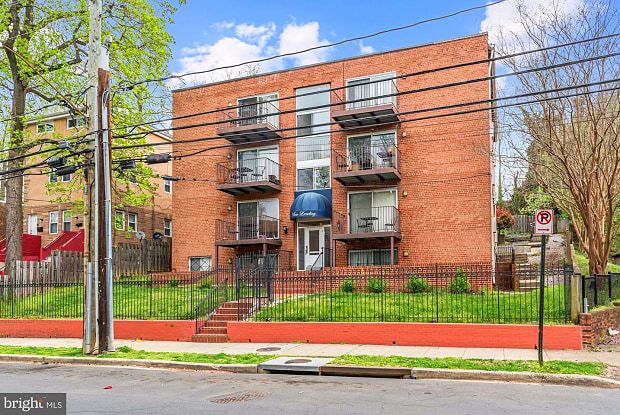 1722 28TH ST SE #401 - 1722 28th Street Southeast, Washington, DC 20020