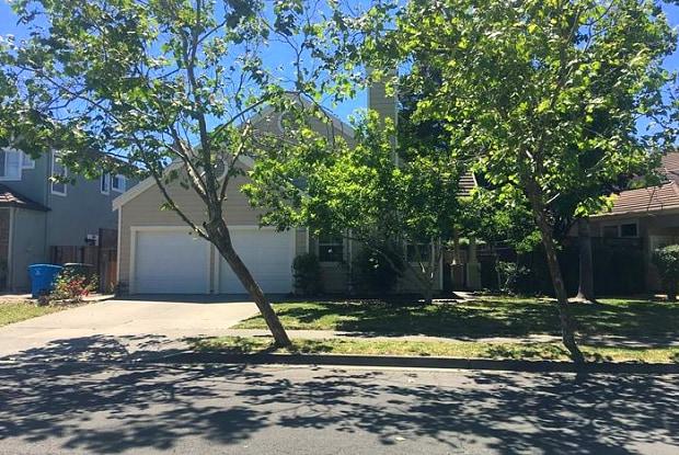 1715 Zinfandel Drive - 1715 Zinfandel Drive, Petaluma, CA 94954