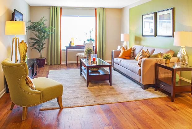 Enclave Breckenridge - 7204 Churchill Park Dr, Louisville, KY 40220