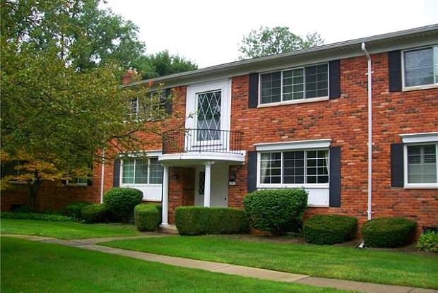 1783 HUNTINGWOOD Lane - 1783 Huntingwood Lane, Bloomfield Hills, MI 48304