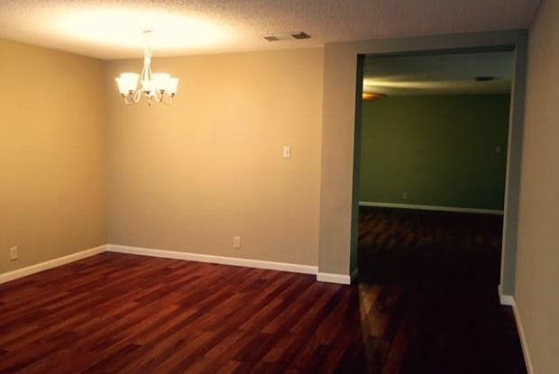 10474 PINE GLADE - 10474 Pine Glade, San Antonio, TX 78245