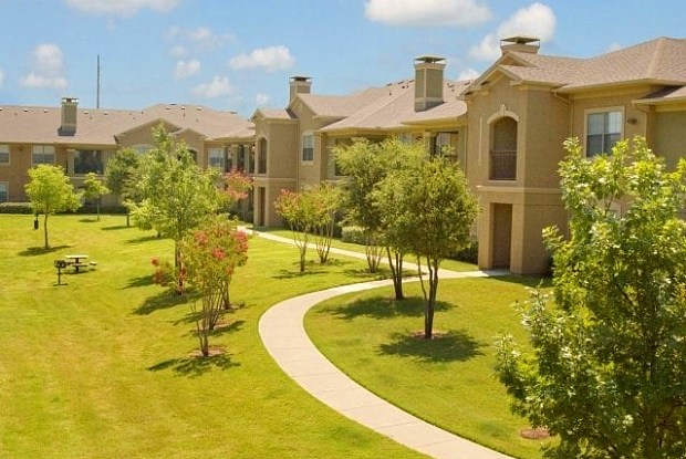 Wildwood Creek - 820 E Dove Loop Rd, Grapevine, TX 76051