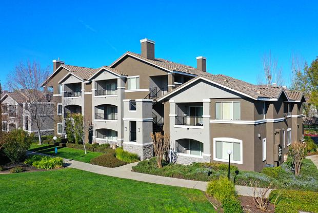Miramonte And Trovas Apartments Sacramento Ca Apartments For Rent