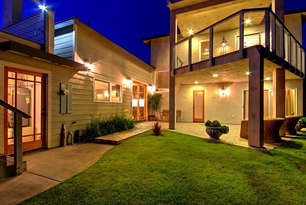 317 Bandera Street - 317 Bandera Street, San Diego, CA 92037