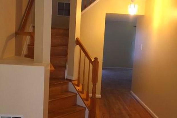 8413 WOODLAND MANOR DR - 8413 Woodland Manor Drive, Maryland City, MD 20724