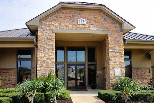 Pecan Pointe Luxury Apartment Homes - 463 Westfield Blvd, Temple, TX 76502
