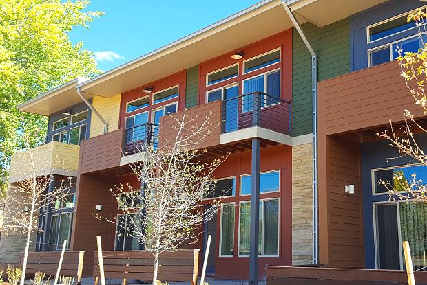Wonderland Creek Townhomes - 3701 Paseo del Prado St, Boulder, CO 80301