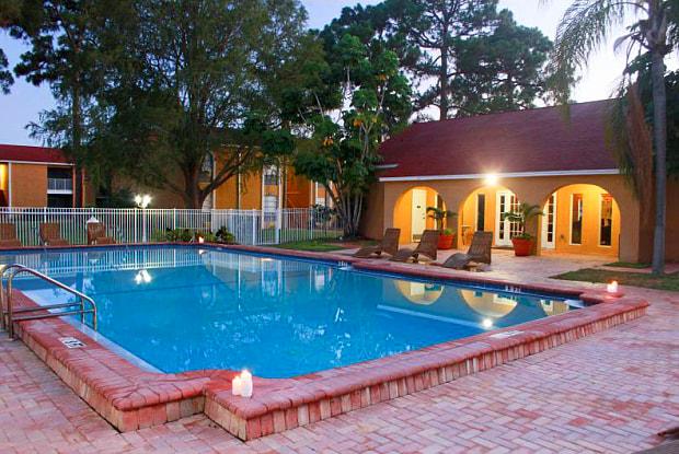 Garden Grove - 5719 Granada Dr, Gulf Gate Estates, FL 34231