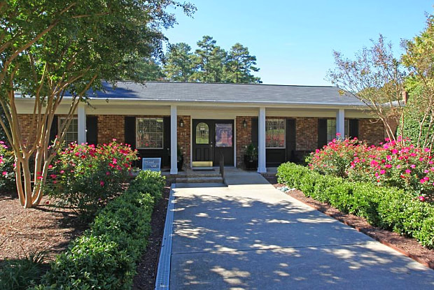 The Park at Chapel Hill - 1250 Ephesus Church Rd, Chapel Hill, NC 27517