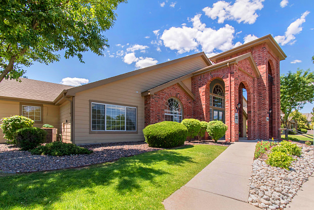 Copper Canyon Apartment Homes - 3380 E County Line Rd, Highlands Ranch, CO 80126