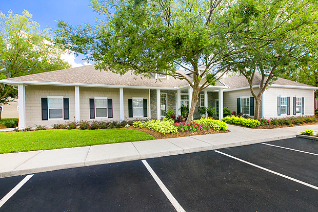 Brooke Commons - 10237 Eastern Lake Ave, Orlando, FL 32817
