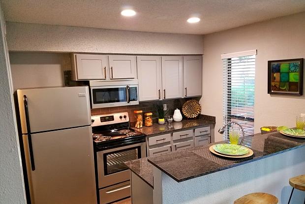 Verde Apartments - 2310 Wickersham Ln, Austin, TX 78741