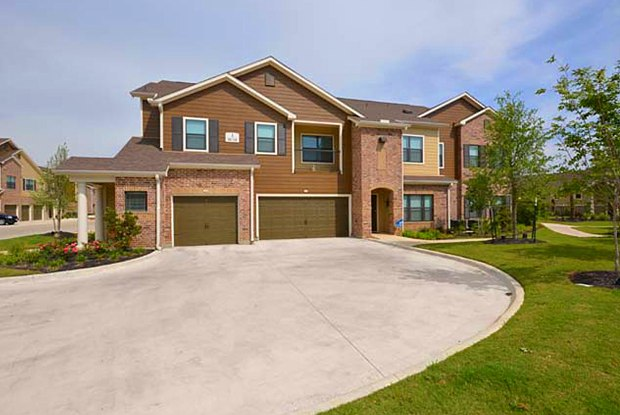The Avenues at Northpointe - 11740 Northpointe Blvd, Tomball, TX 77377
