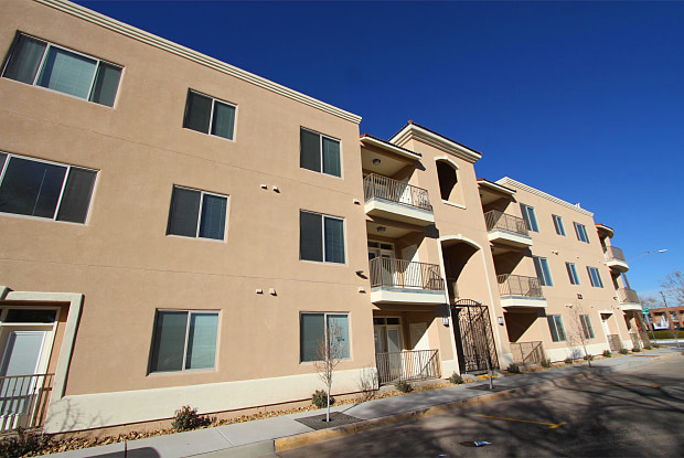 321 Jefferson Street Southeast - 1-B - 321 Jefferson St SE, Albuquerque, NM 87108