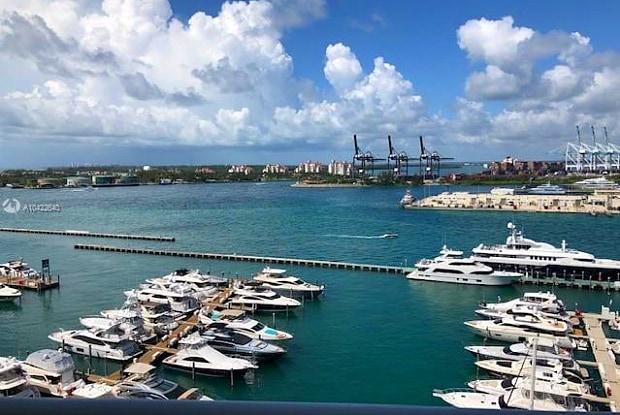 400 ALTON RD - 400 Alton Road, Miami Beach, FL 33139