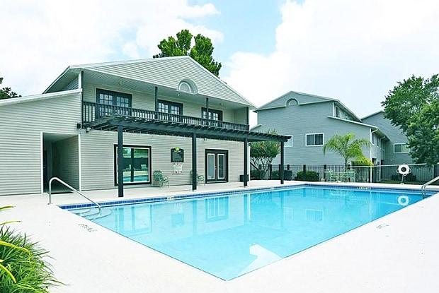 Greenwich Green - 3515 SW 39th Blvd, Gainesville, FL 32608