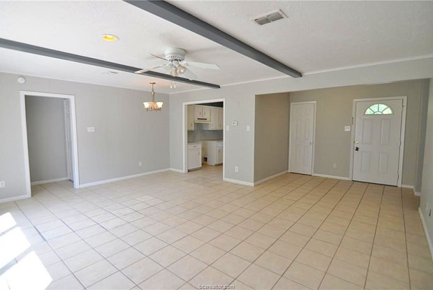 1000 Holleman Drive - 1000 Holleman Drive, College Station, TX 77840