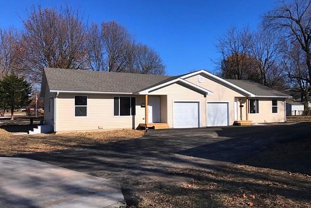 652 North Belview Avenue - 652 North Belview Avenue, Springfield, MO 65802