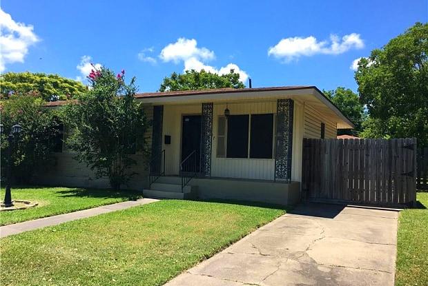 3917 Cott St - 3917 Cott St, Corpus Christi, TX 78411