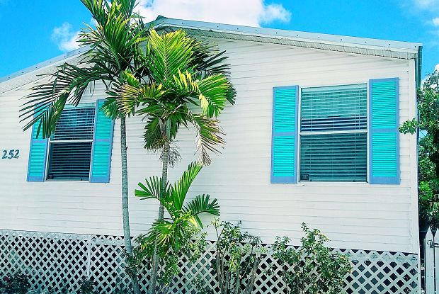 252 Allen Avenue - 252 Allen Avenue, Key Largo, FL 33037