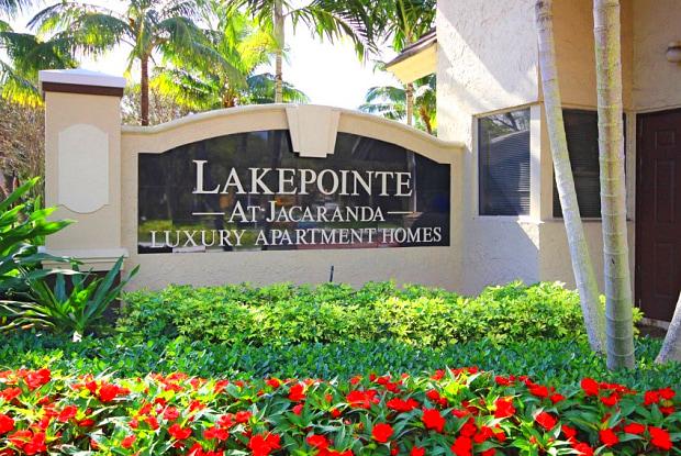 Lakepointe at Jacaranda Apartments - 1171 Lakepointe Lndg, Plantation, FL 33322