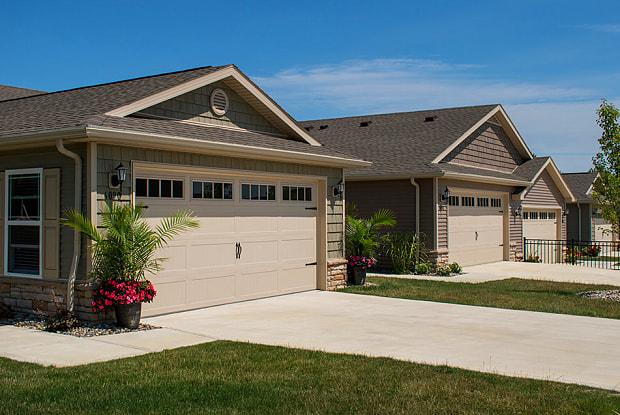 Orrville - 1999 Redwood Drive, Orrville, OH 44667