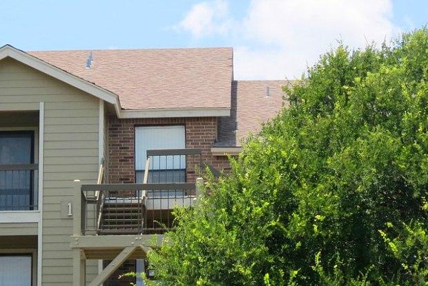 Silver Creek Apartments - 2900 S 1st St, Austin, TX 78704