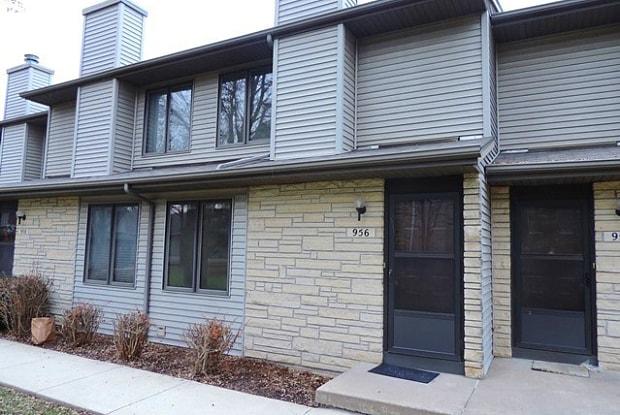 956 Westside Drive - 956 Westside Drive, Iowa City, IA 52246