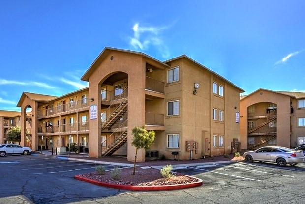 La Ensanada Villas - 711 E Nelson Ave, North Las Vegas, NV 89030