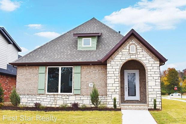 606 N Malbec - 606 N Malbec Rd, Fayetteville, AR 72701