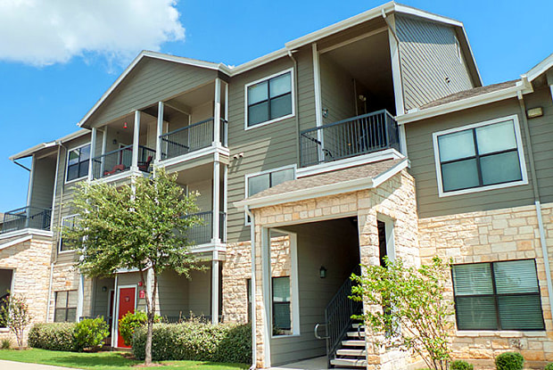 Republic Deer Creek - 10600 Bilsky Bay Dr, Fort Worth, TX 76140