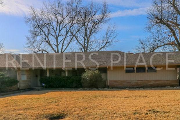 2808 E. 37th Pl. - 2808 East 37th Place, Tulsa, OK 74105
