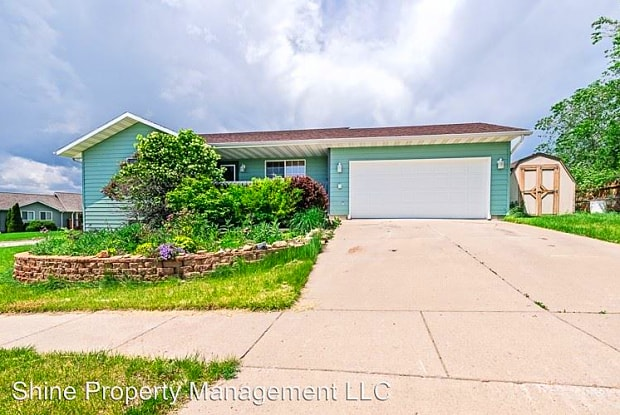 5392 South Pitch Drive - 5392 S Pitch Dr, Rapid Valley, SD 57703