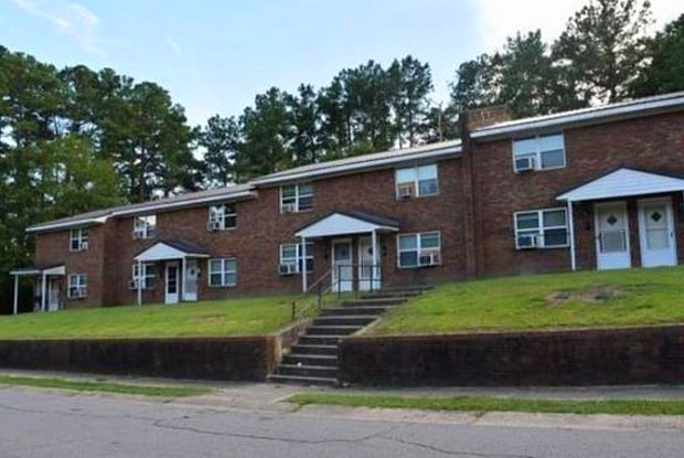 1619 Newark Avenue - 1619 Newark Avenue, Fayetteville, NC 28301