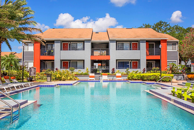 Lakeside at Winter Park - 3935 Sutton Place Blvd, Winter Park, FL 32792