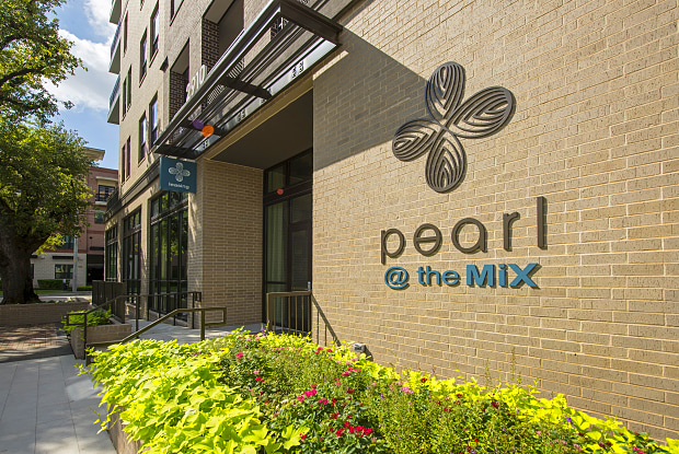 Pearl @ the Mix - 2910 Milam St, Houston, TX 77006
