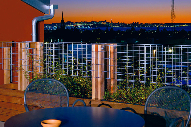 Berkeley Apartments - Touriel - 2004 University Ave, Berkeley, CA 94704