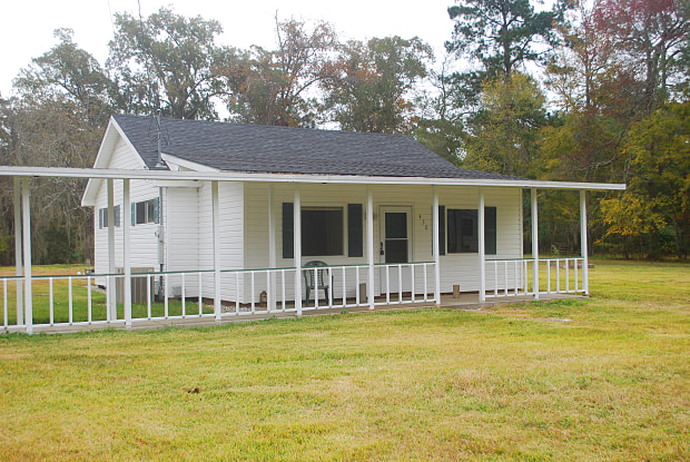 430 S Perkins Ferry Rd - 430 South Perkins Ferry Road, Moss Bluff, LA 70611