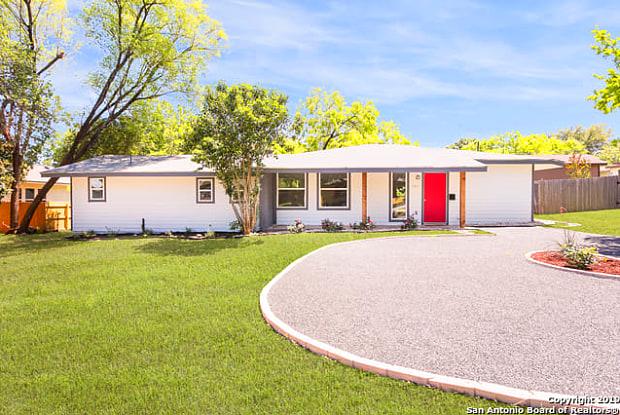 544 Rittiman Rd - 544 Rittiman Road, Terrell Hills, TX 78209