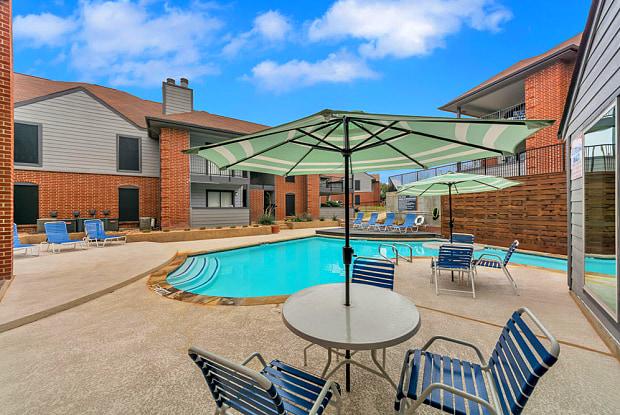 Pecan Ridge Apartments - 2736 Lake Shore Dr, Waco, TX 76708