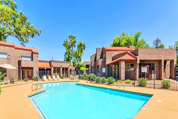 Glen Brae - 4949 W Northern Ave, Glendale, AZ 85302