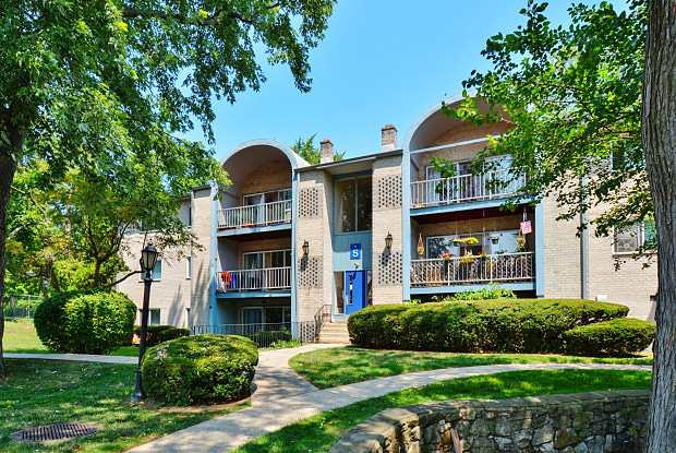 Valley Stream - 2100 N Line St, Lansdale, PA 19446