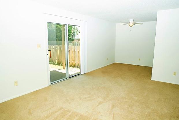 Ashley Pointe - 410 Fuquay Rd, Evansville, IN 47715