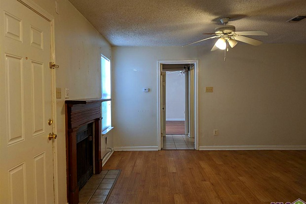527 GLENMORE AVE - 527 Glenmore Avenue, Baton Rouge, LA 70806