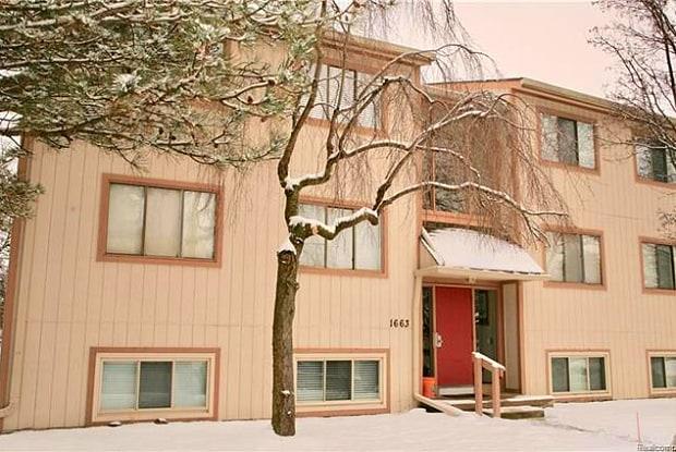 1663 RIVERSIDE - 1663 Riverside Drive, Rochester Hills, MI 48309