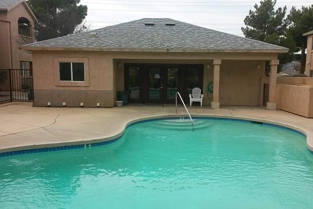 Parkcrest Village - 3300 Harrison St, Kingman, AZ 86409