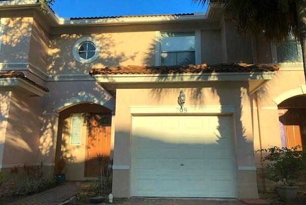 709 Seminole Palms Drive - 709 Seminole Palms Drive, Greenacres, FL 33463